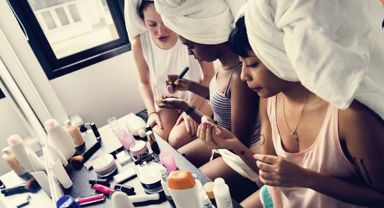 Eye Catching Homecoming Makeup Ideas