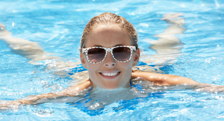 3 Ways to Care for Skin After Swimming